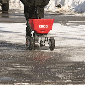 erco_sp-150_winter_parkplatz.jpg
